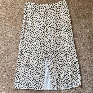 Abercrombie & Fitch leopard midi skirt